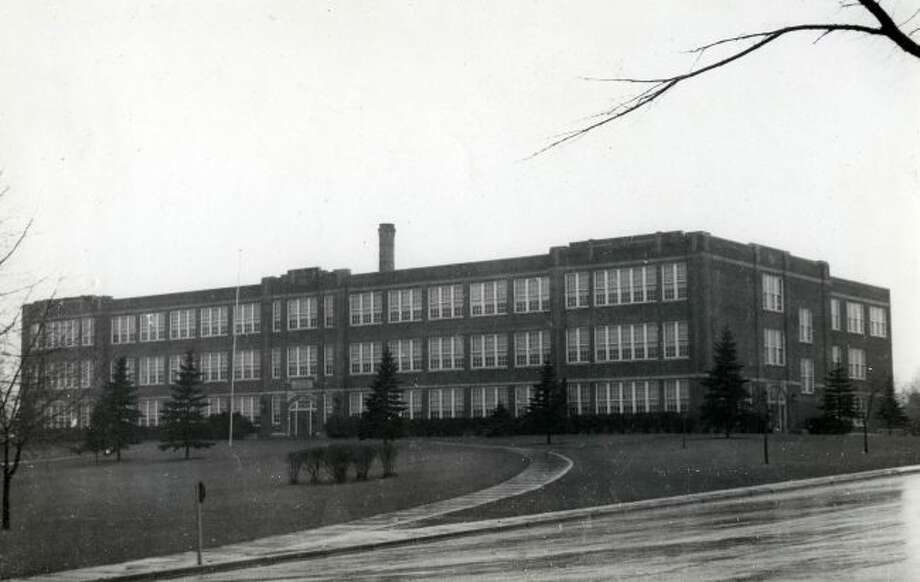 The former Manistee High School circa 1940s.
