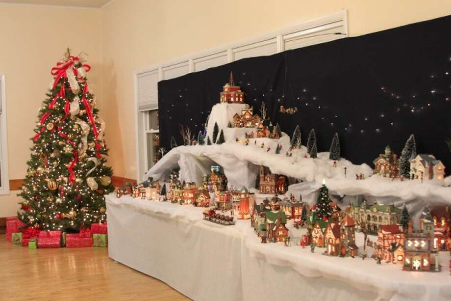 Christmas Craft Show Items.Christmas In A Small Town Manistee News Advocate