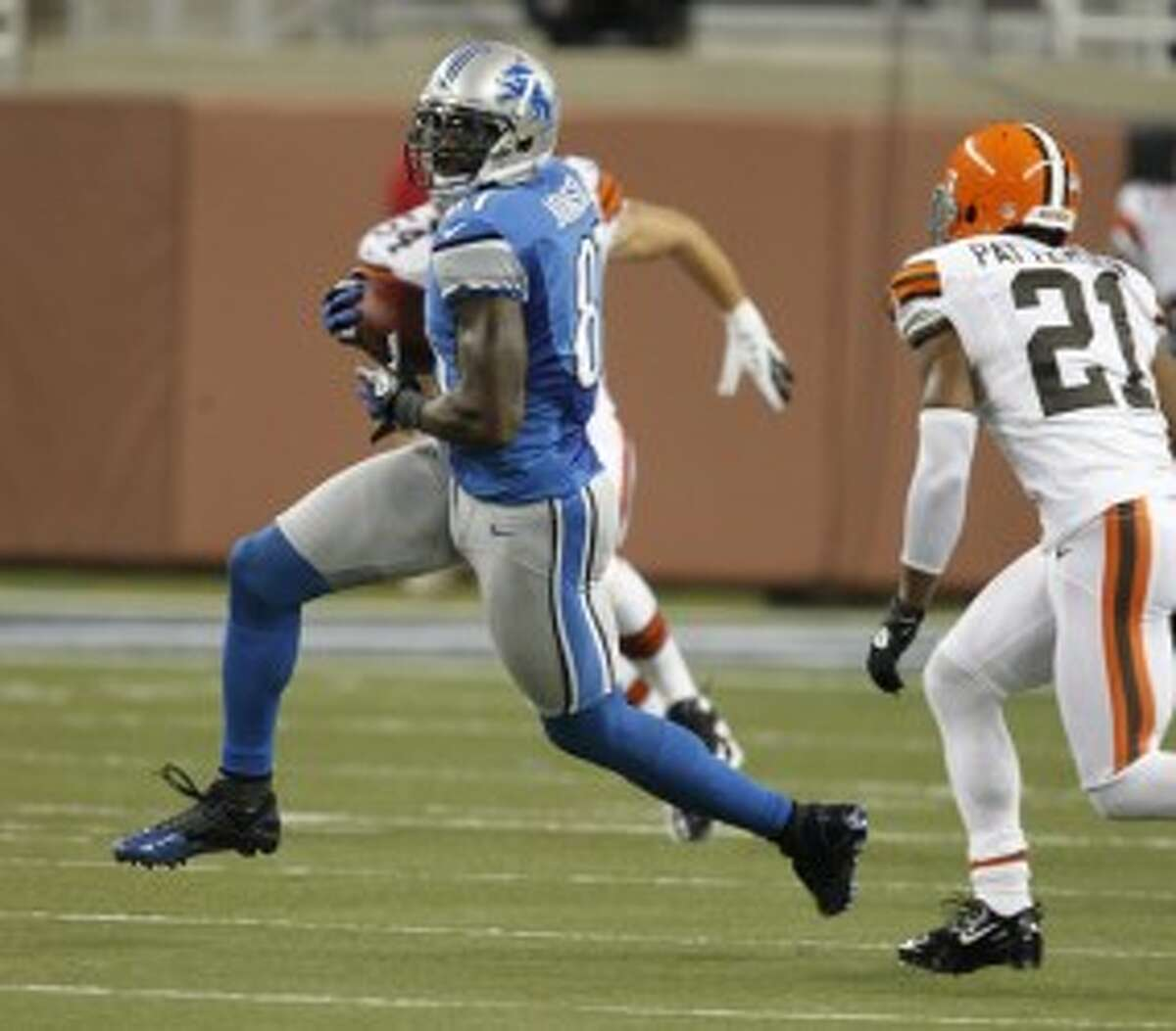 Lions wide receiver Calvin Johnson hauls in a catch in an NFL preseason loss to the Browns at Ford Field in Detroit on Friday. (Julian H. Gonzalez/Detroit Free Press/MCT)