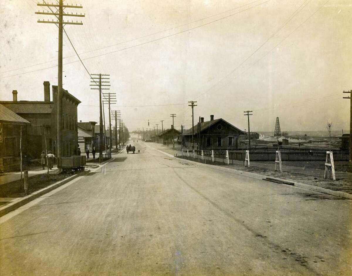 A view of the former State Street, today's Arthur Street, circa 1900.