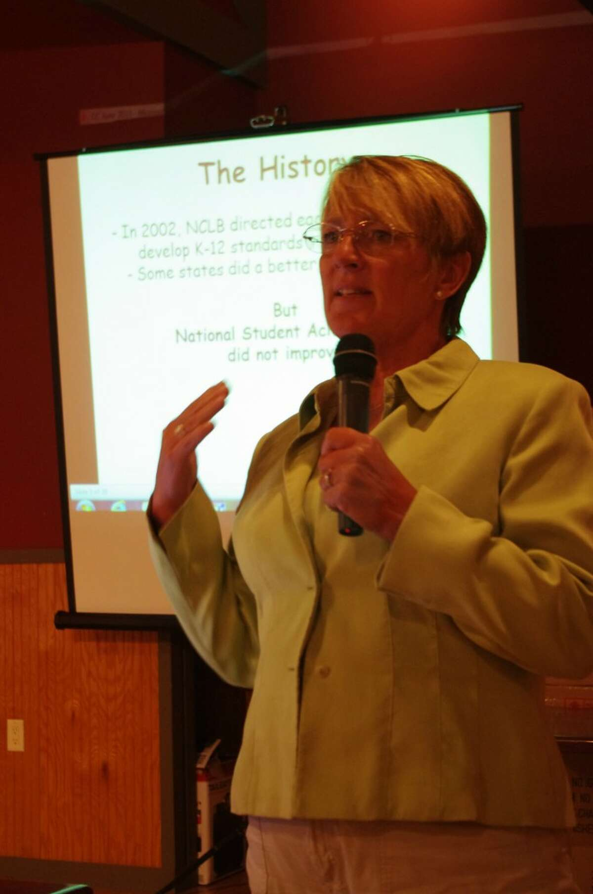 Melanie Kurdys talked with the Manistee Tea Party about Michigan's proposed switch to common core standards on Thursday at the Bungalow Inn. (Dave Yarnell/Staff Writer)