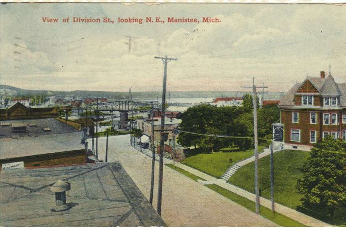 This shows what Division Street looking out toward Manistee Lake looked like in the 1890s.