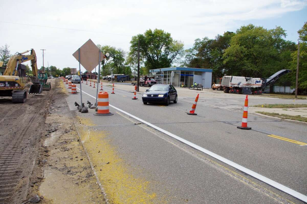 North of Memorial Bridge on U.S. 31, at the intersection with Harrison Street, nearly half of the highway has been removed. A turn lane onto Harrison will be added for northbound traffic at this point. (Dave Yarnell/News Advocate)