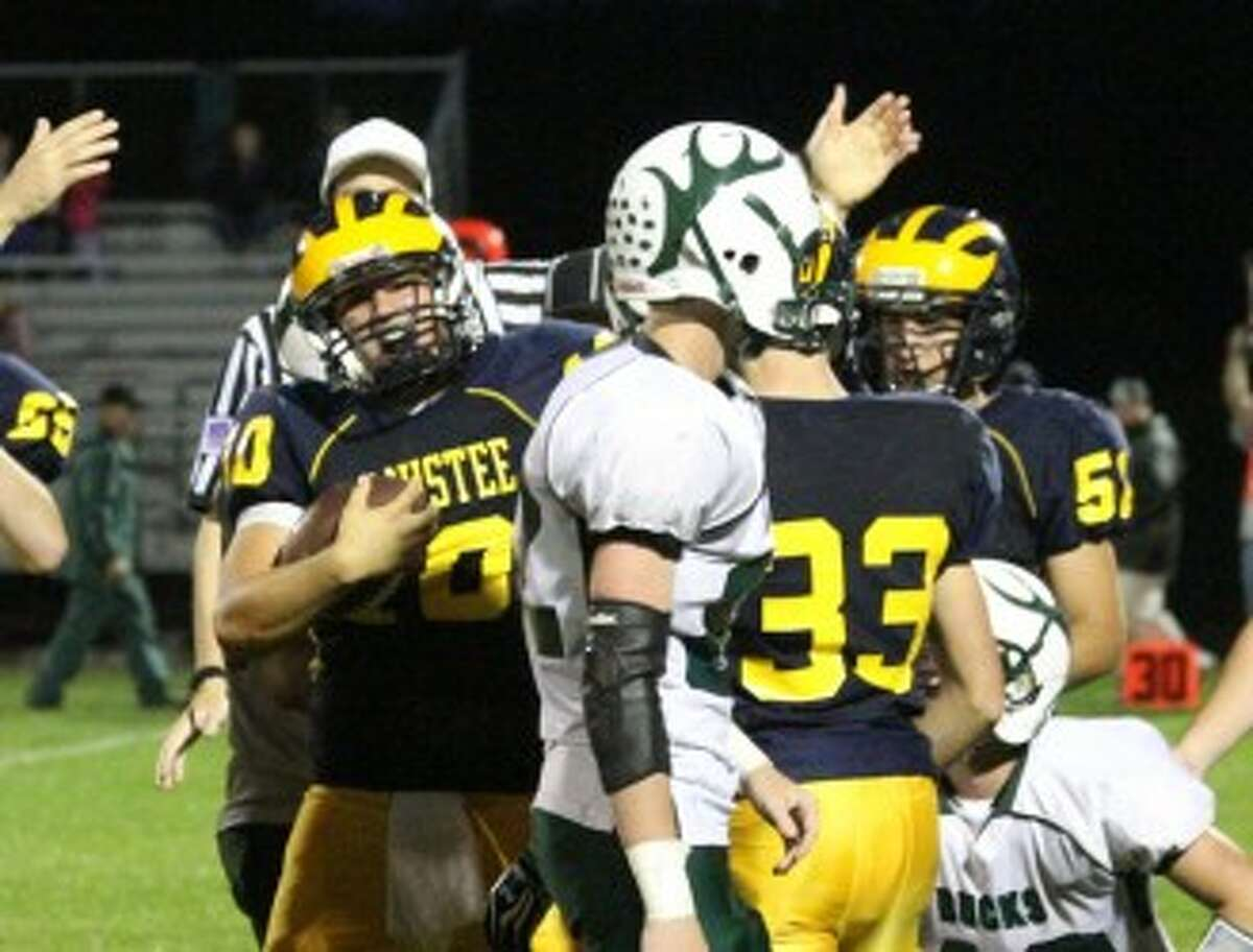 Manistee senior Mason Swidorski signals after recovering a fumble during the third quarter of Friday's 40-6 win against Pine River. The Chippewas will have the full week to prepare for Saturday's game against unbeaten Leslie at Grand Haven. (Matt Wenzel/News Advocate)