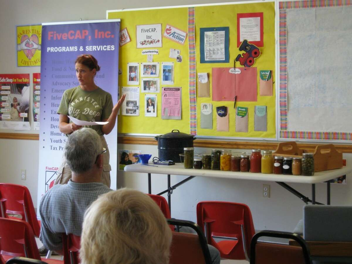 Manistee Community Kitchen Horticulturist Britt Uecker led the recent food preservation workshop at the Manistee County FiveCAP office.