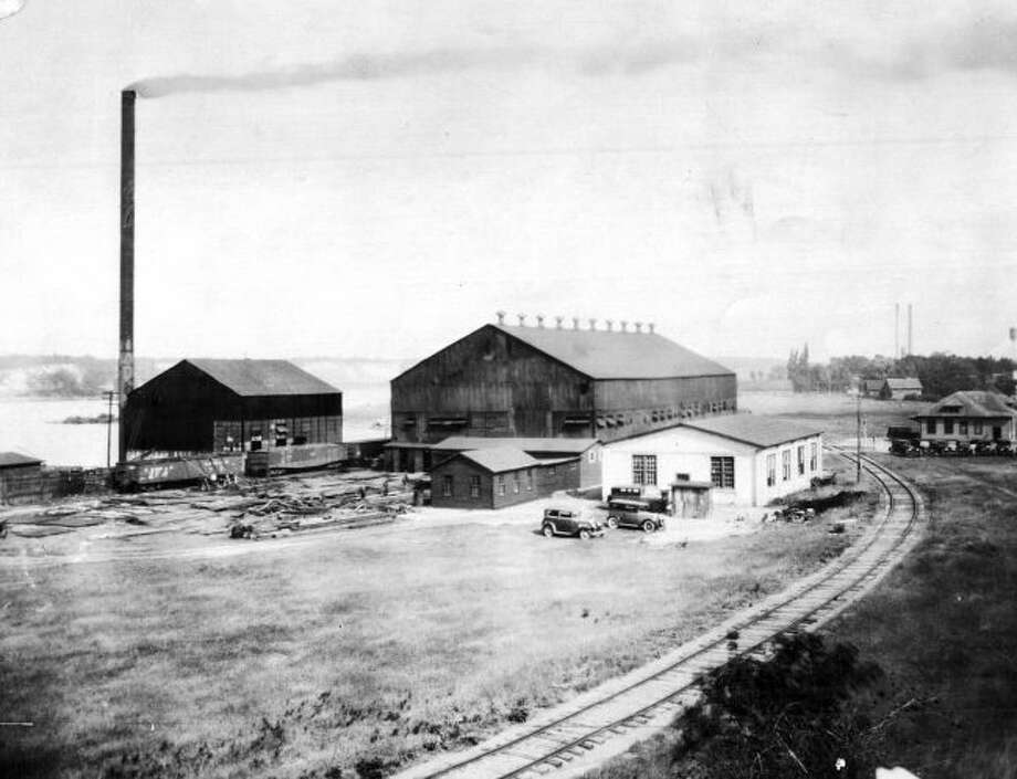The Falleen Drop Forge that was located in Filer City just below the hill on Manistee Lake is shown in this photograph from the early 1930s.