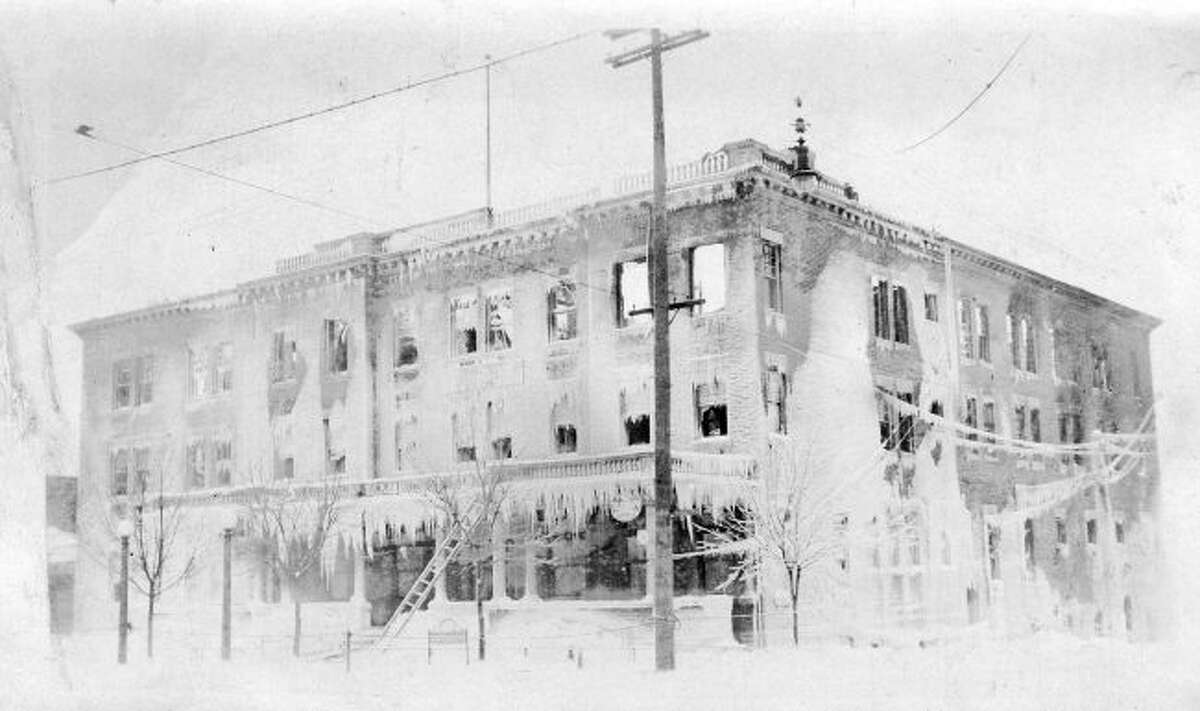 The original Briny Inn was destroyed by fire in 1917.