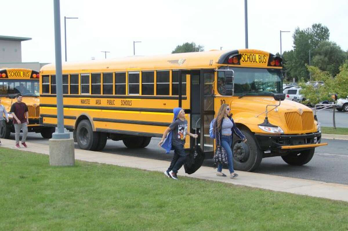 Buses arriving or picking up students at the Manistee Middle/High School will no long do so right in front of the main doors. Starting on Sept. 3 they will leave and pick-up students from an area over by the Paine Aquatic Center.