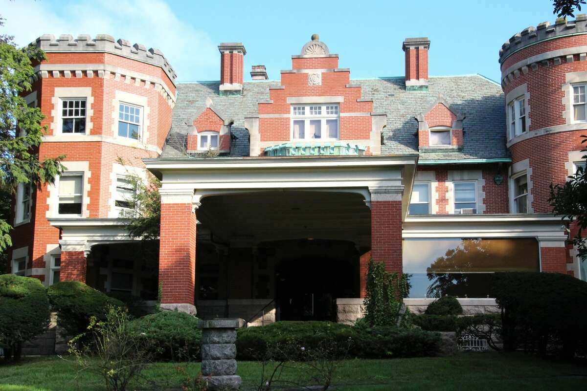 Hamden Hall Country Day School has purchased the historic Davis Street castle to use to expand the school's growing programs.