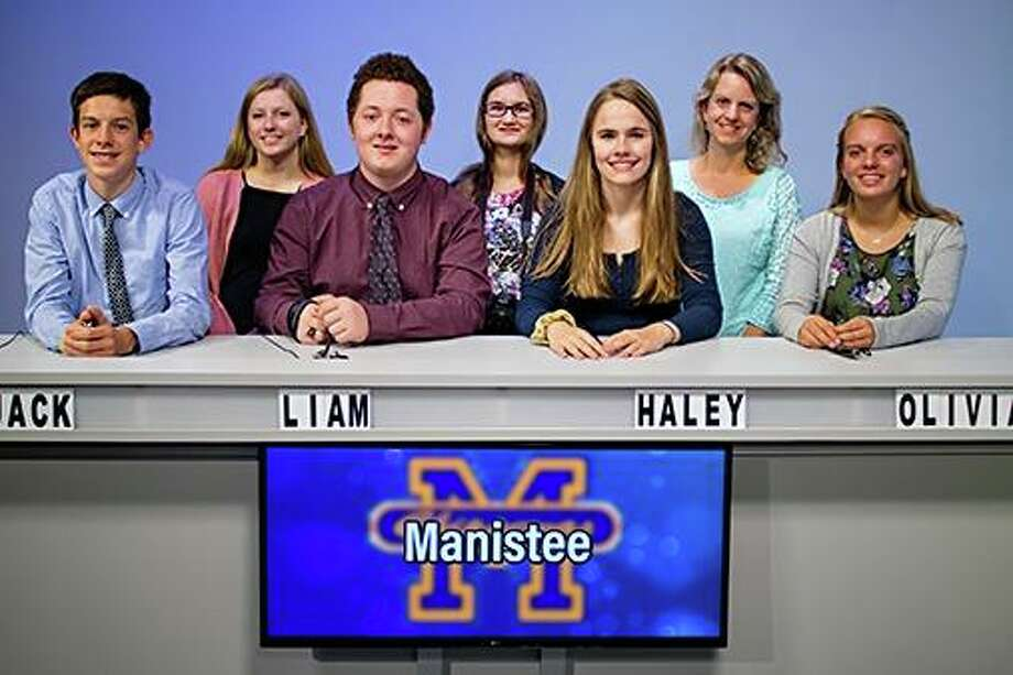 The Manistee High School Quiz Bowl team finished in a tie with the Ludington Orioles for the Lakes 8 Quiz Bowl League Championship.