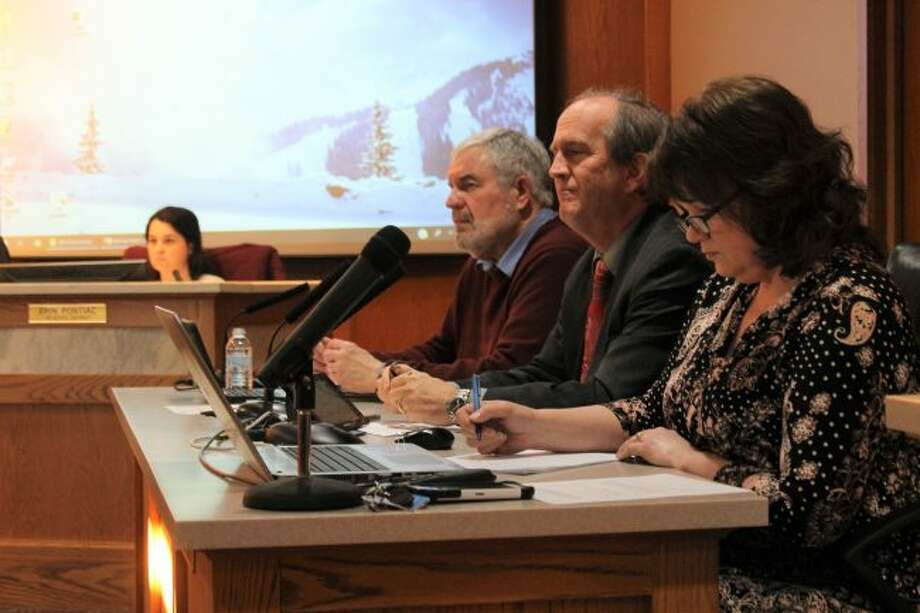 Manistee City Council held a meeting on Tuesday, which featured several agenda items. (Ashlyn Korienek/News Advocate)