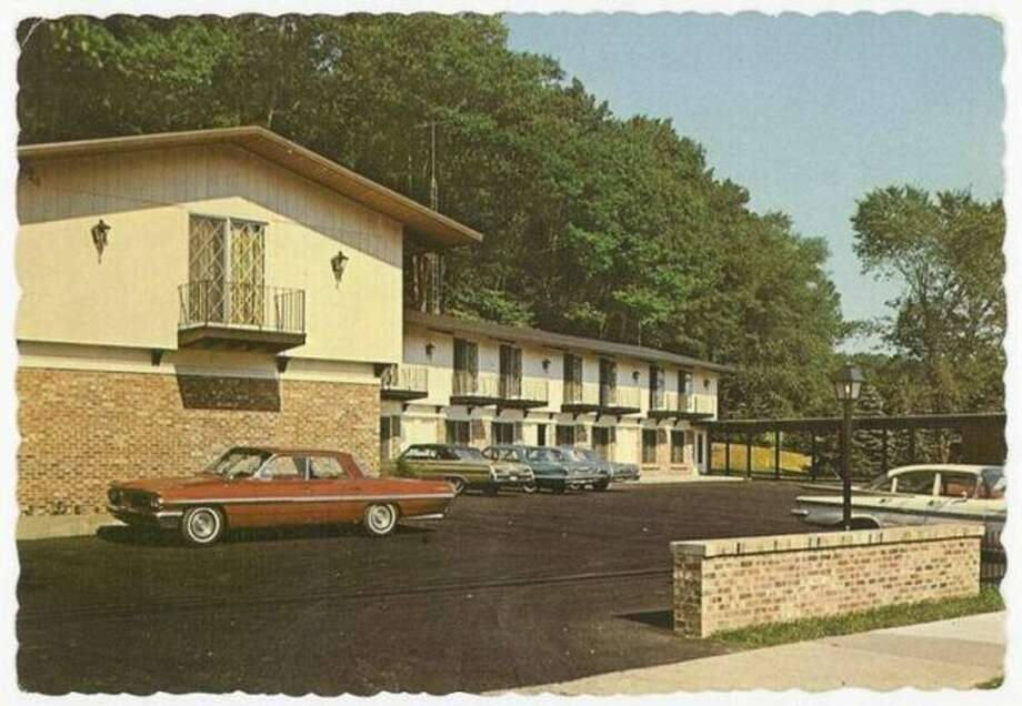 The Carriage Inn was a popular motel in Manistee during the 1960s and was located on Arthur Street across from Manistee Lake.