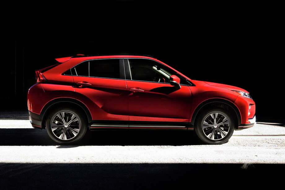 Mitsubishi offers the Eclipse Cross with front-wheel drive or S-AWC (Super All-Wheel Control). Photo: Mitsubishi Pressroom / Contributed Photo / © 2018 Mitsubishi
