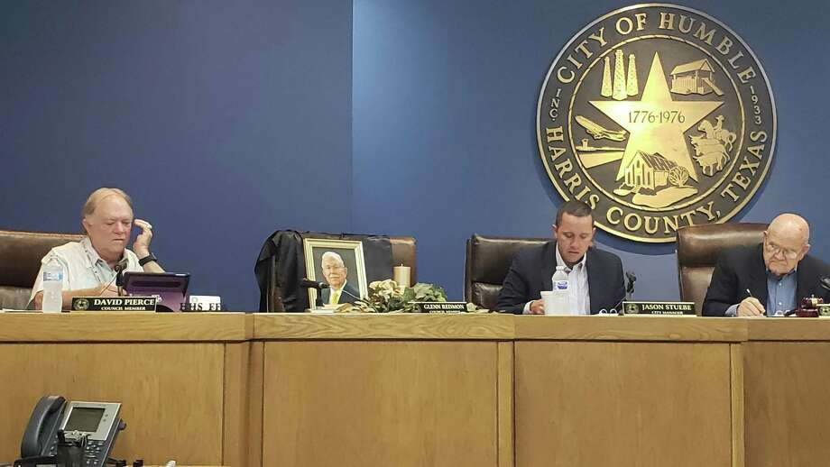 The City of Humble is getting ready to accept applications for the Position 2 seat on the city council that was once held by Glenn Redmon. Redmon was sworn in May 2019 and died in July. Photo: Kaila Contreras