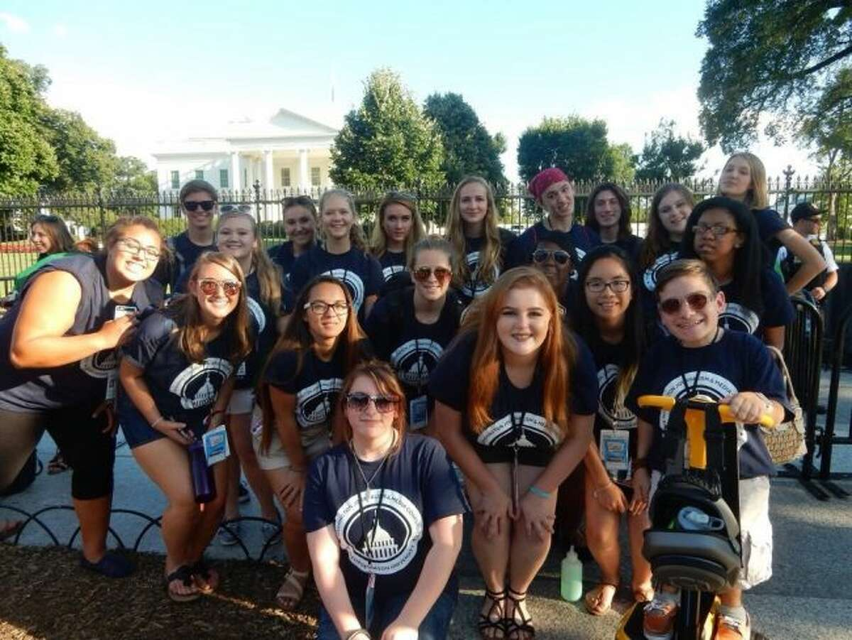Manistee High School junior Sarah Sheathelm and other students who attended the 2016 Wasington Journalism and Media Conference at George Mason University took some time to tour Washington D.C. including posing in front of the White House.