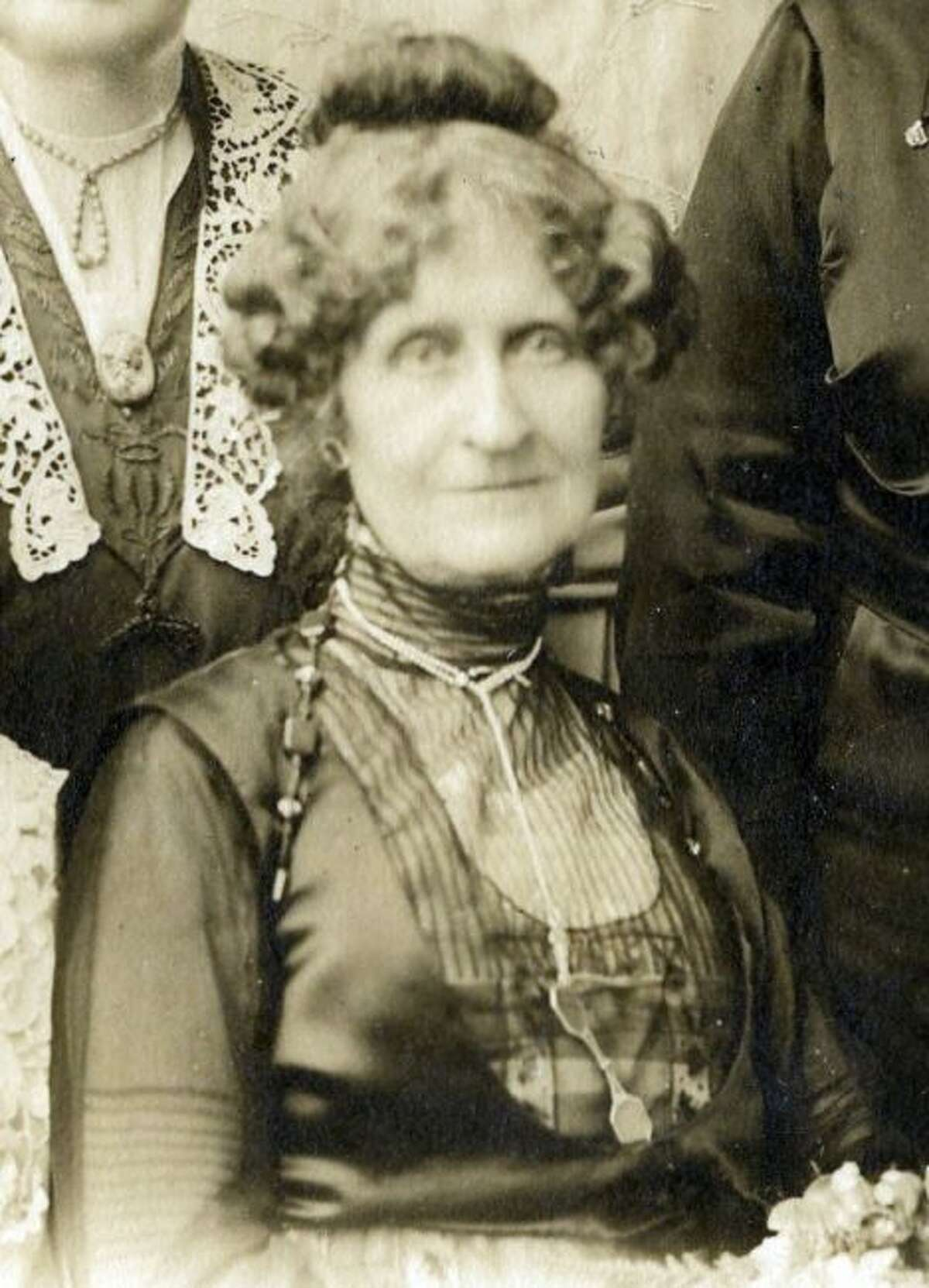 Martha Filer was one of the lesser-known members of the Filer family. She passed away in 1926 in Paris, France.
