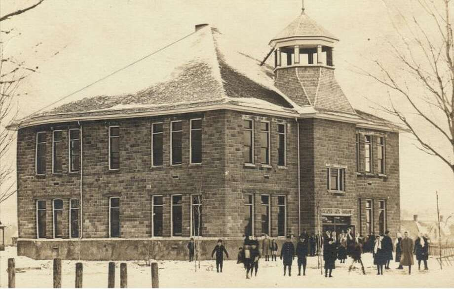 The Arcadia School is shown in this photograph from the early 1900s.