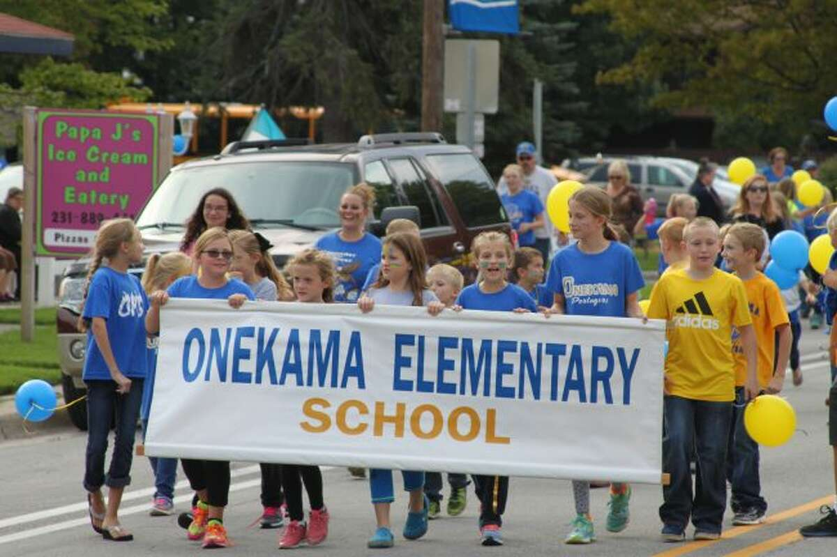 Members of the Onekama Consolidated Schools Elementary School proudly showed their school spirit in the Homecoming Parade on Friday.