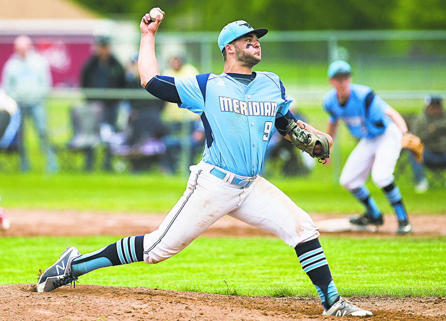 Meridian's Hunter Merillat delivers a pitch against Beaverton during a May 28, 2019 district game. Photo: Daily News File Photo