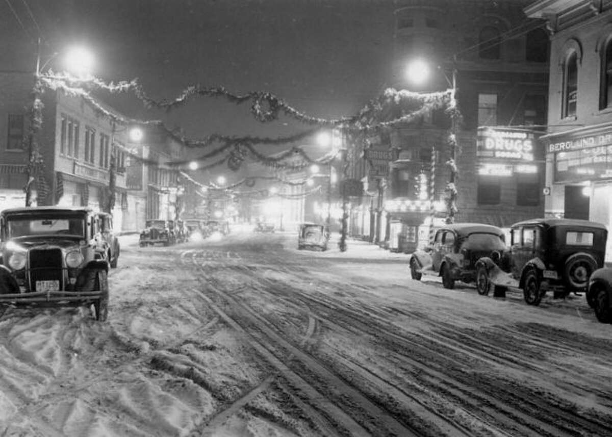 A December view of River Street during the late-1930s.