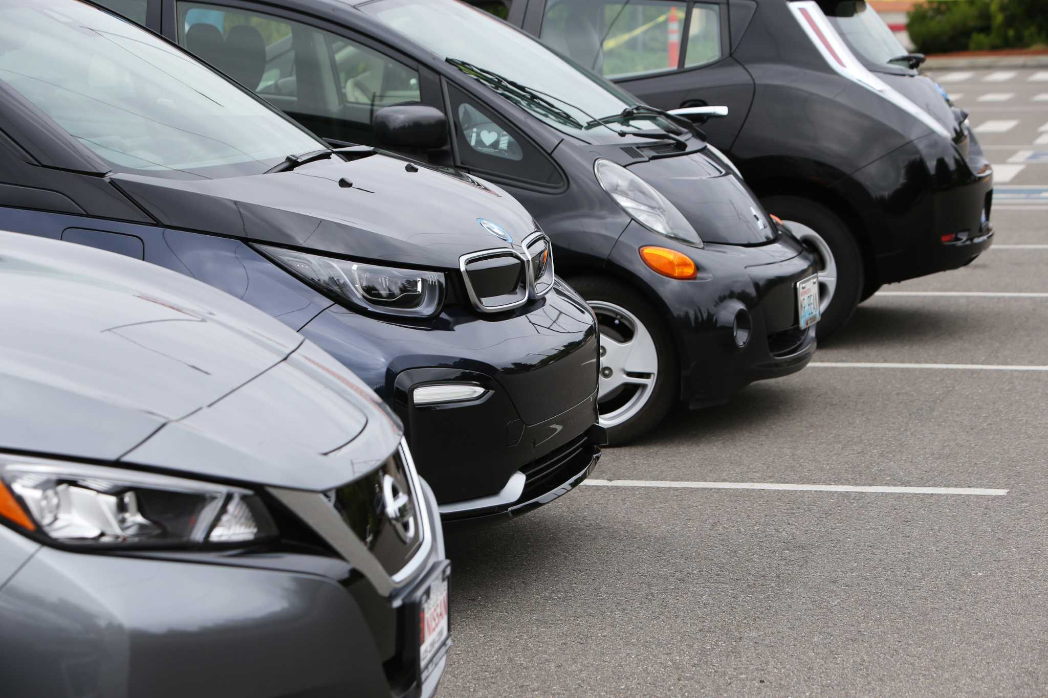 Test drive 16 electric vehicles at Puget Sound Energy events