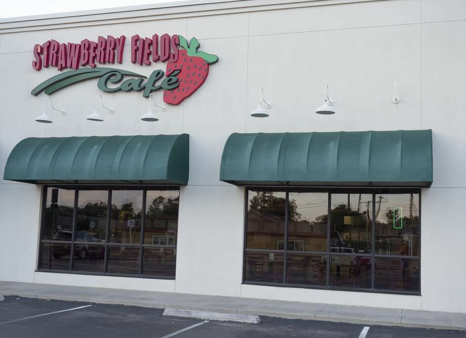 Strawberry Fields Café is a cafeteria-style restaurant. Photo: Tim Fischer/Midland Reporter-Telegram