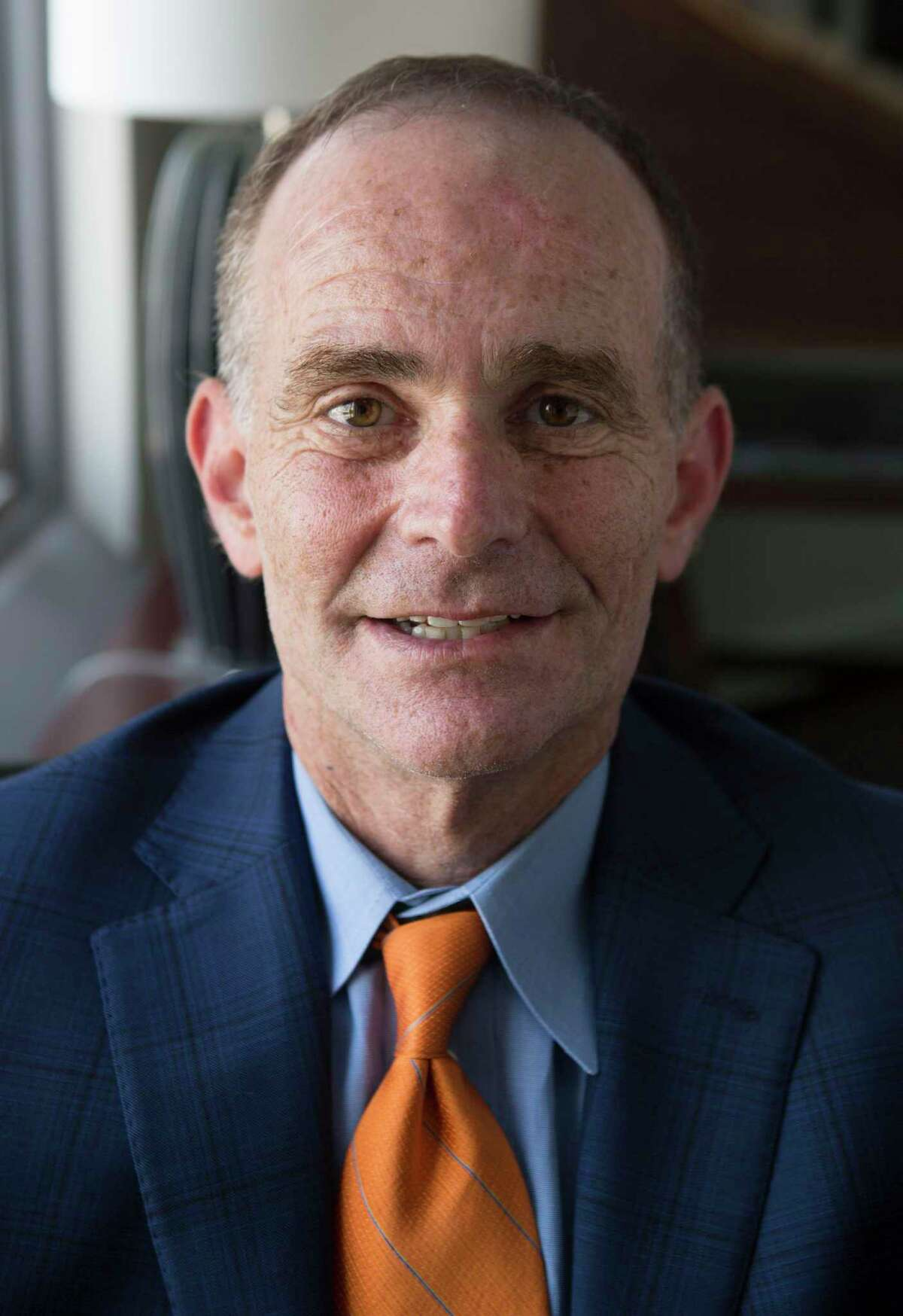 Michael Sacks, a senior vice president for Hearst newspapers, has been named publisher of the San Antonio Express-News.