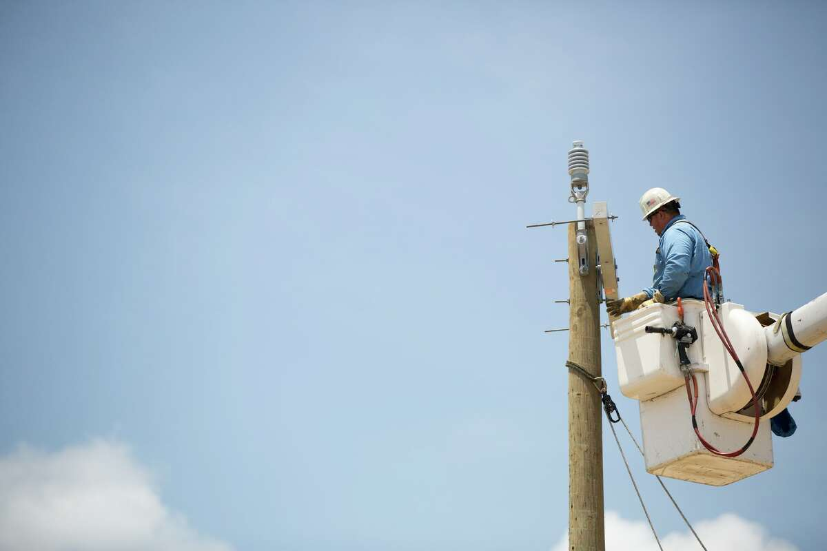 CPS is asking the public to let employees restore power safely, without threats of violence or harassment.