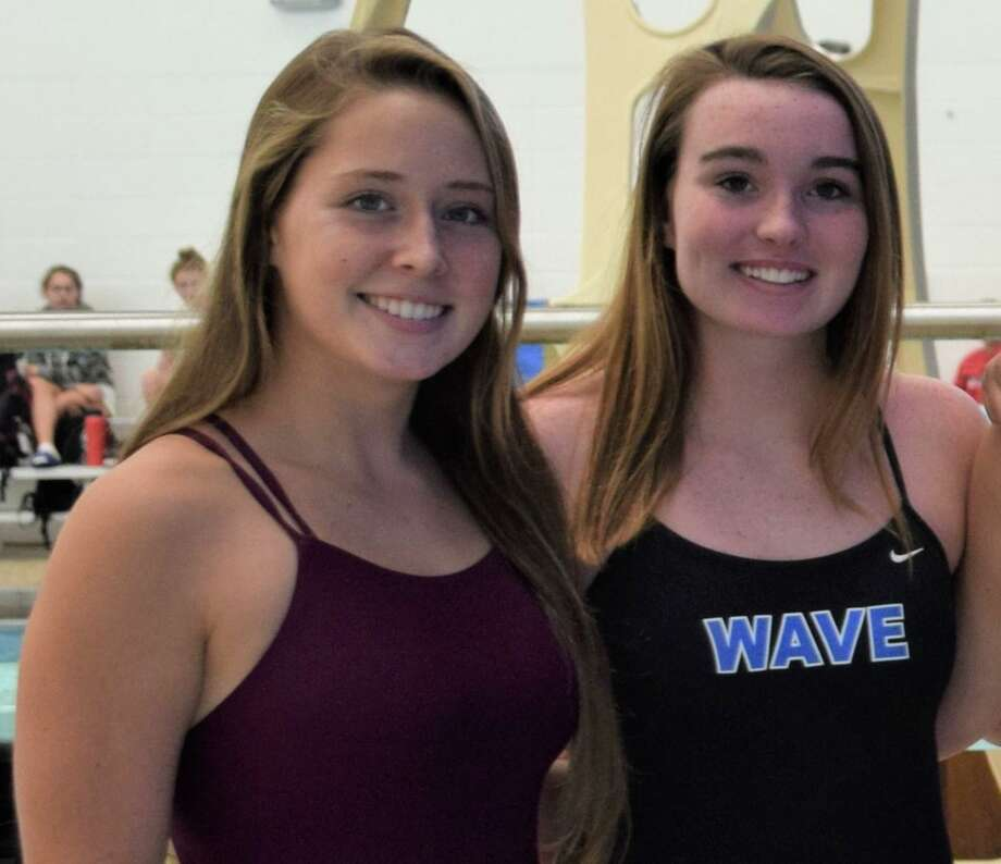 Darien Blue Wave divers Lana Schmidt and Emma Hunter. Photo: Contributed / Hearst Connecticut Media / Hearst Connecticut Media