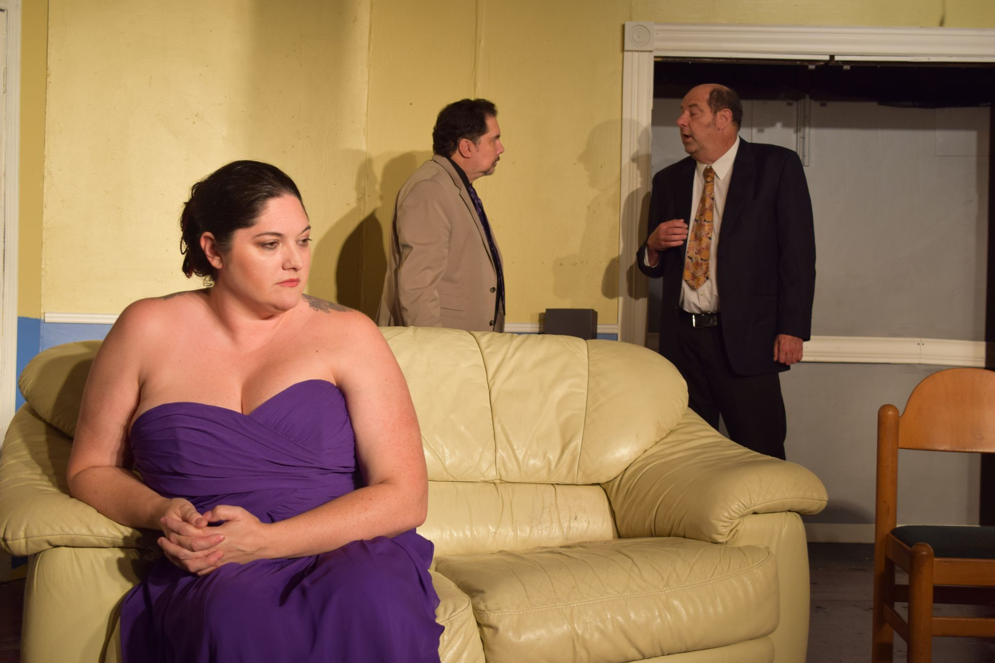 Why this comedy is a 'tall order' for a Friendswood actress