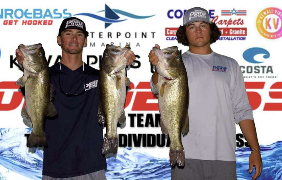 Joe Beebee and Chad Mrazek came in first place in the CONROEBASS Tuesday Tournament with a stringer weight of 15.90 pounds. Photo: Conroe Bass