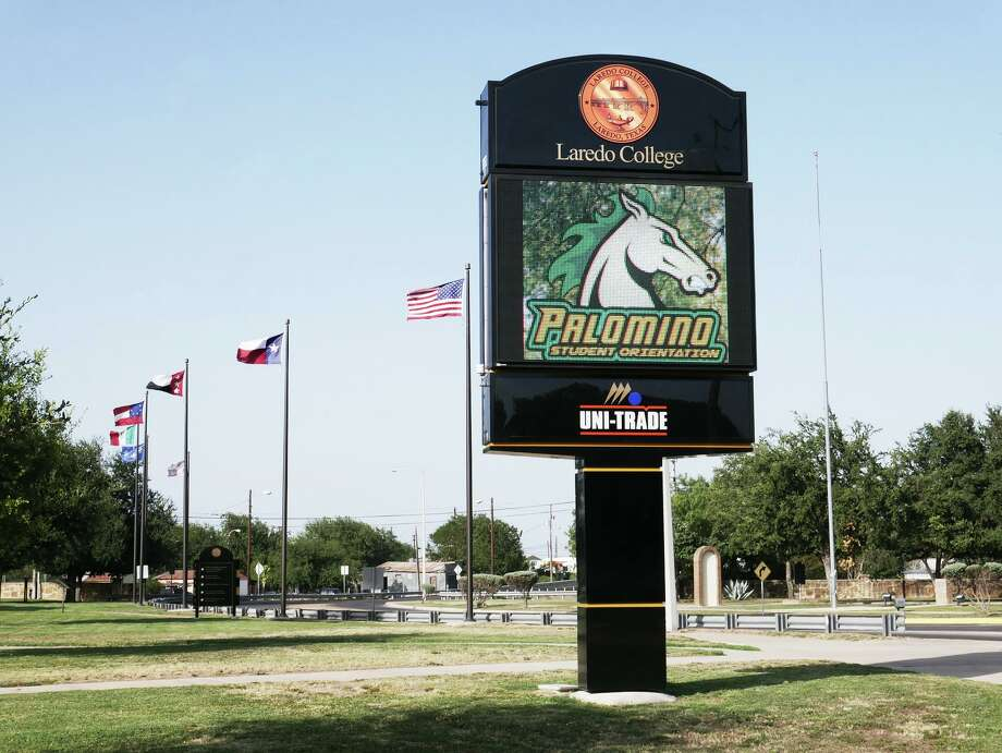 View of the new digital sign at the Laredo College Fort McIntosh Campus as seen Tuesday, July 30, 2019. Photo: Cuate Santos / Laredo Morning Times / Laredo Morning Times