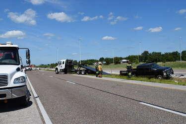 Crash seriously injures semi driver, I-55 lanes closed near