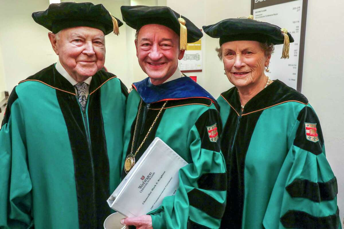 George, left, and Carol Bauer receive honorary doctor of humane letters degrees from Washington University in St. Louis on May 17, 2019. The Bauers lived in New Canaan before moving to Wilton, and are moving back to town.