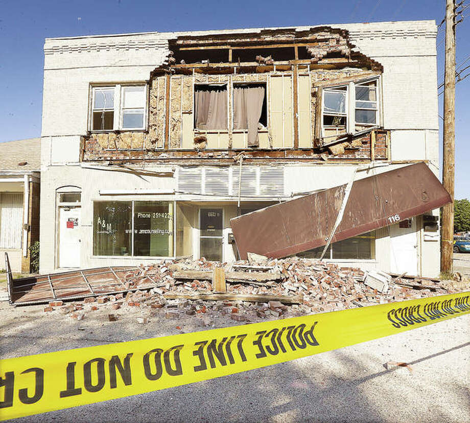 New cracks and defects may force the demolition of a Wood River building that had part of its front brick wall collapse on July 19. Photo: John Badman||The Telegraph