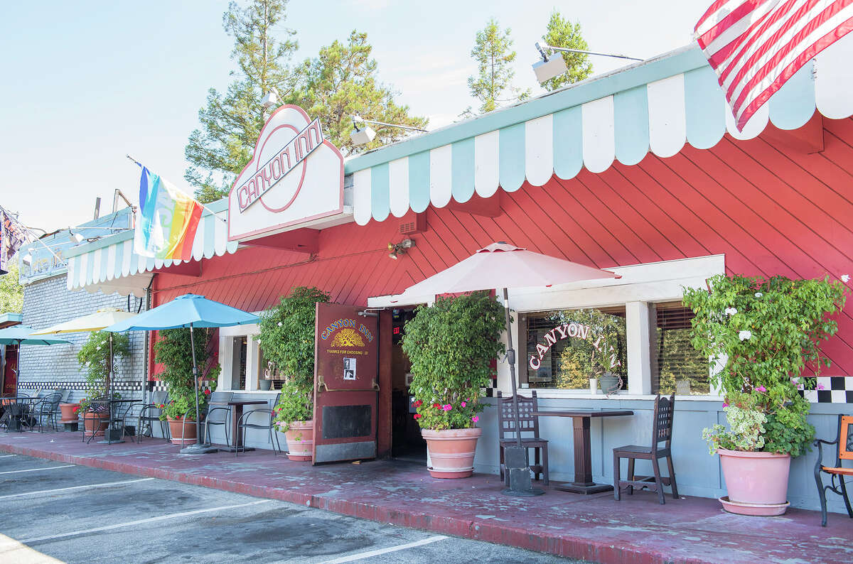 The exterior of Canyon Inn, which provided free food to 49ers players and staff after every win for seven years straight from 1981-1988.
