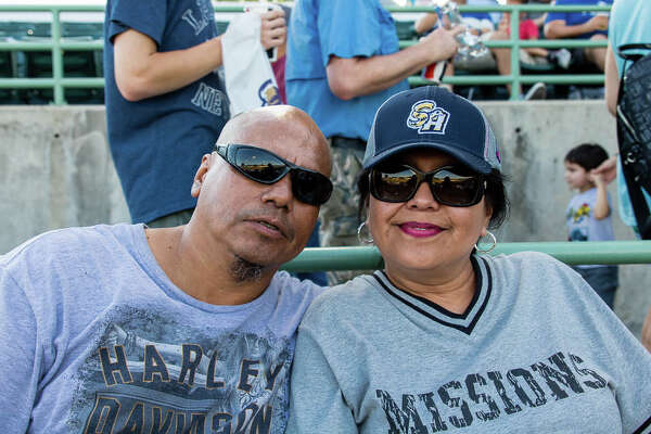 San Antonio enjoyed the summer weather during the Flying Chanclas baseball game Thursday night.