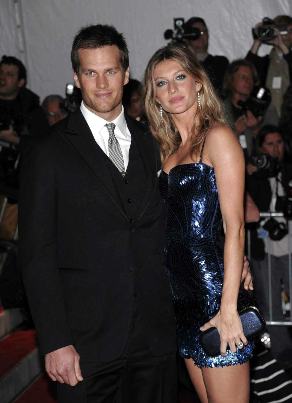 Tom Brady and Gisele Bundchen could be eyeing Greenwich for another addition to their real estate portfolio, the New York Post reports.