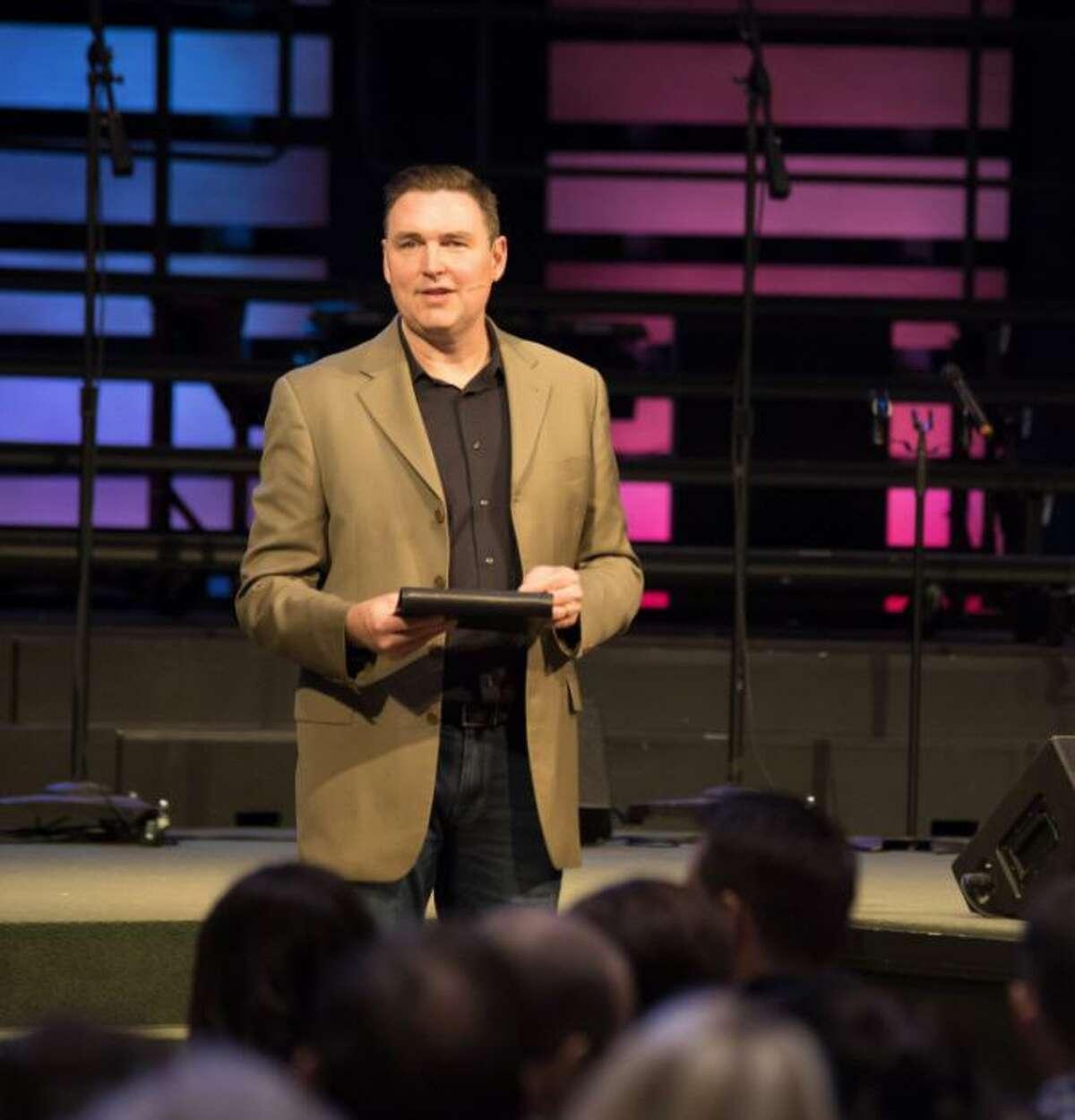 Senior Pastor Ryan Rush teaches at Kingsland Baptist Church.