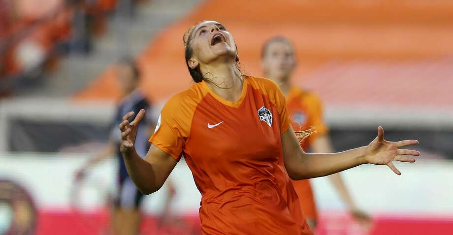 Houston Dash midfielder Sofia Huerta (11) reacts after a missed opportunity in front of goal against the Seattle Reign FC during the second half of an NWSL match at BBVA Stadium Friday, Aug. 2, 2019, in Houston. Reign FC won 1-0. Photo: Godofredo A Vásquez/Staff Photographer