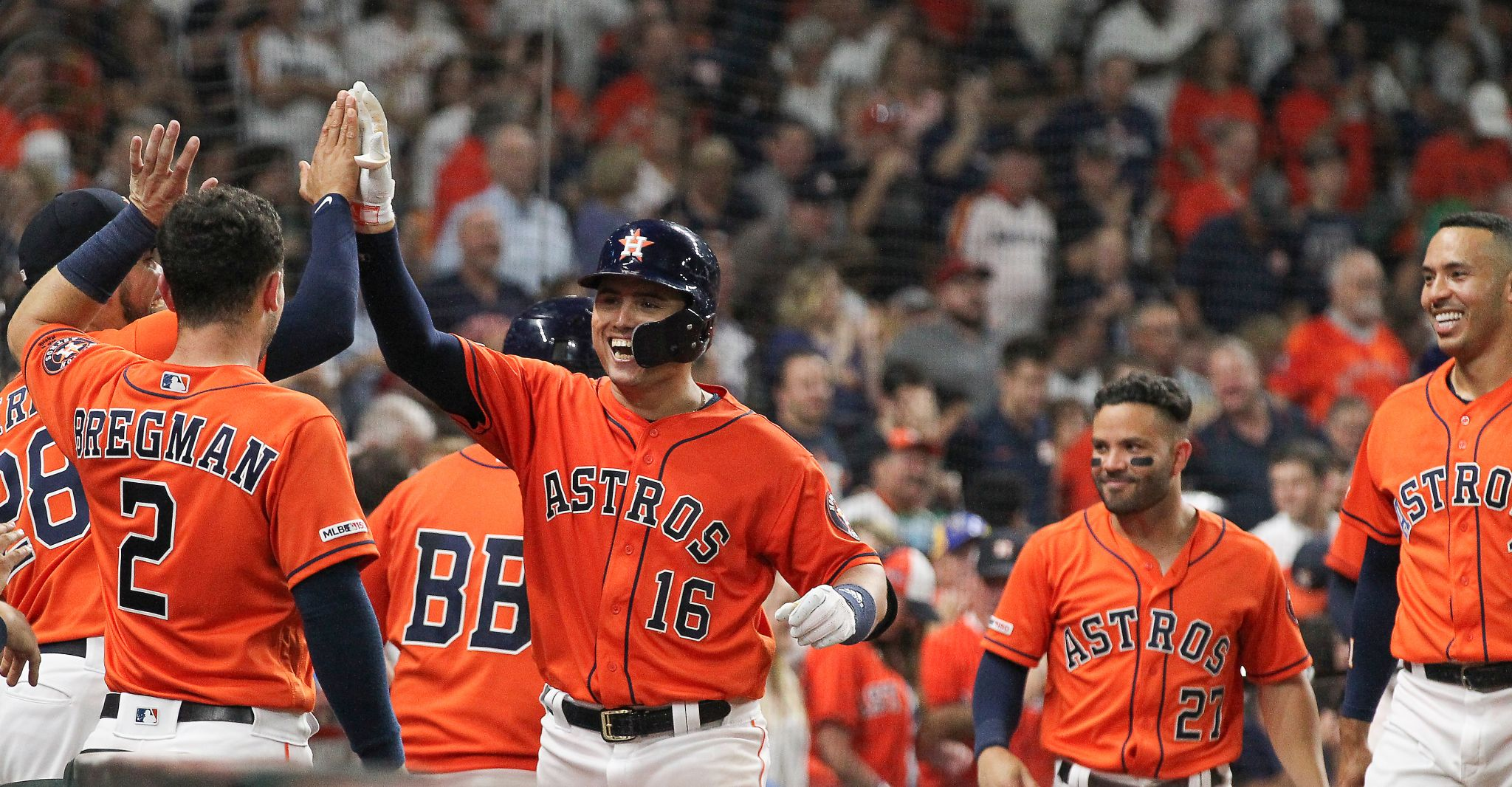Astros hammer Mariners with homer barrage