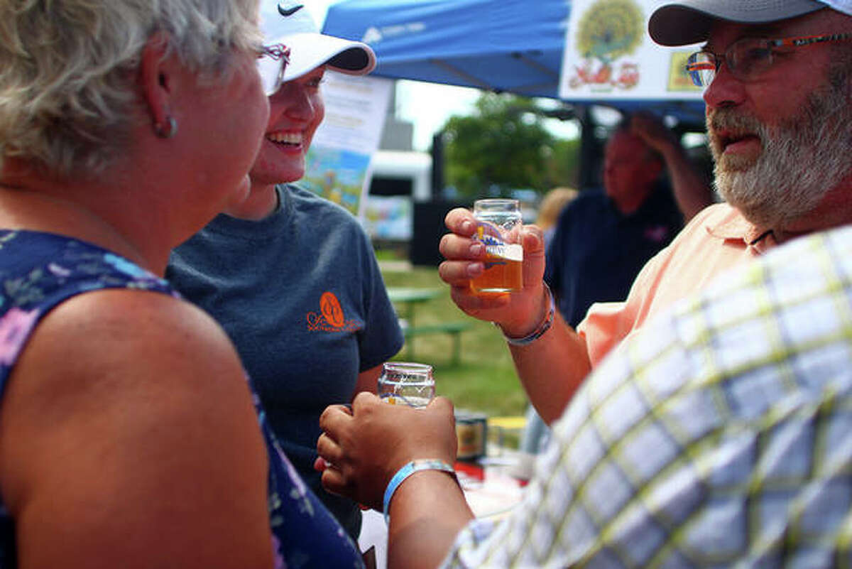 Jacksonville Main Street's Craft Brew Festival and Midwest Makers and Artisan Market went on in the downtown square Saturday.
