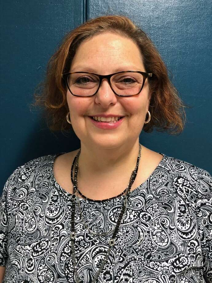 Dina Marks has been named the new principal at Shelton Intermediate School. Photo: Brian Gioiele / Hearst Connecticut Media / Connecticut Post
