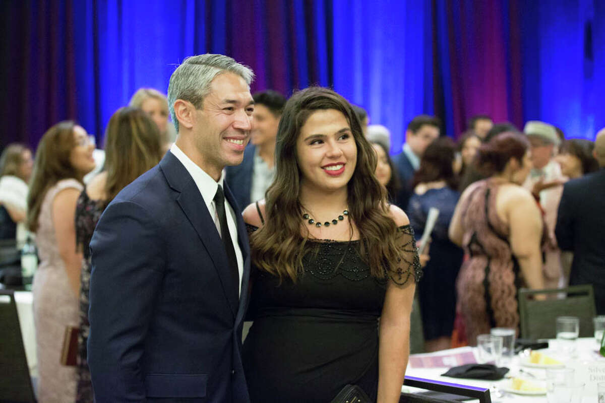 Local journalists and other professionals in the field gathered for the annual SAAHJ Gala.