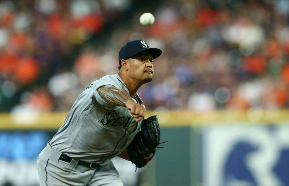Seattle Mariners pitcher Sam Tuivailala (26) throws the ball against the Houston Astros during the first inning of an MLB game at Minute Maid Park Sunday, Aug. 4, 2019, in Houston. Photo: Godofredo A Vásquez, Staff Photographer / © 2019 Houston Chronicle