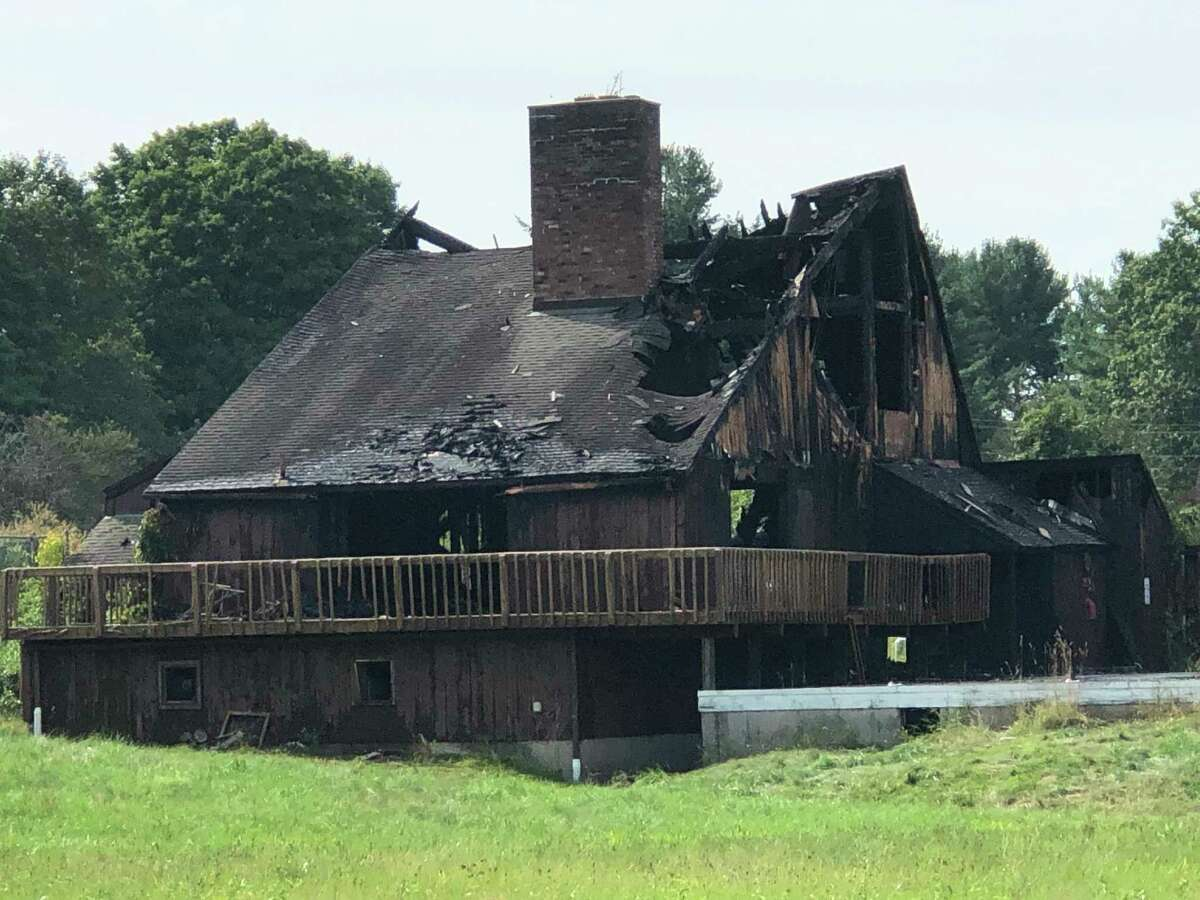A fire recently destroyed the Middlesex Pool and Tennis Club.