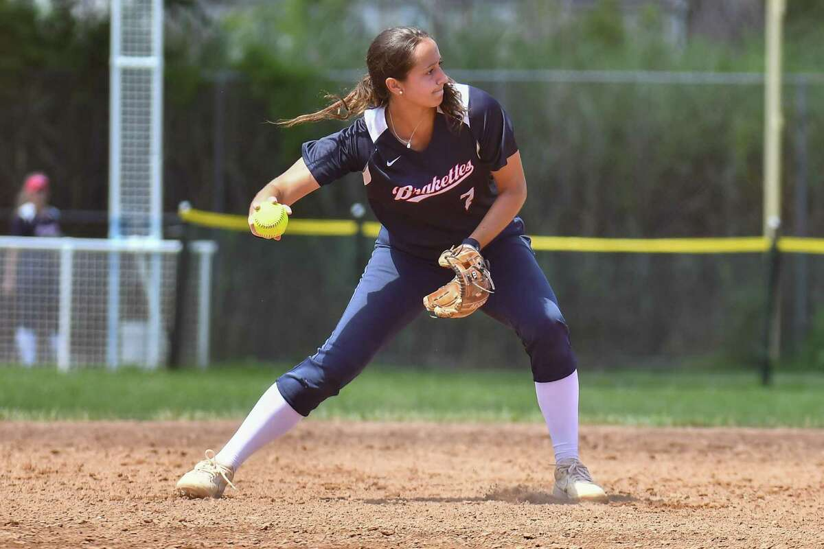 UConn shortstop and former Barlow star Briana Marcelino returns to lead the 2020 Stratford Brakettes