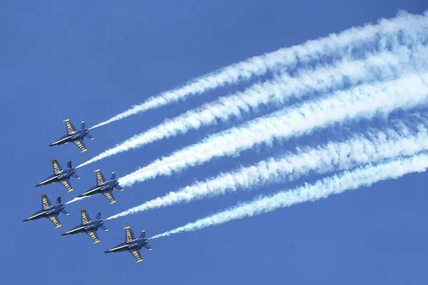 70th Seattle Seafair weekend brings its usual sun