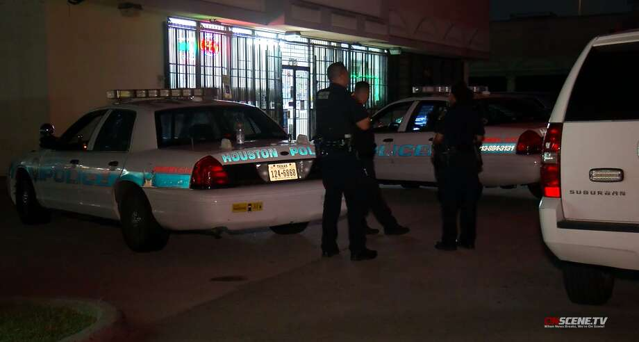Houston police investigate a robbery Sunday, Aug. 4, that left a store clerk dead in the 14900 block of Old Humble road. Photo: OnScene TV