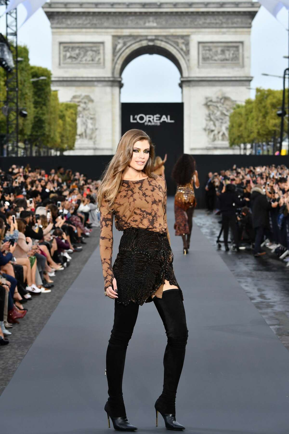 PARIS, FRANCE - OCTOBER 01: Valentina Sampaio walks the runway during Le Defile L'Oreal Paris as part of Paris Fashion Week Womenswear Spring/Summer 2018 at Avenue Des Champs Elysees on October 1, 2017 in Paris, France. (Photo by Pascal Le Segretain/Getty Images for L'Oreal Paris)